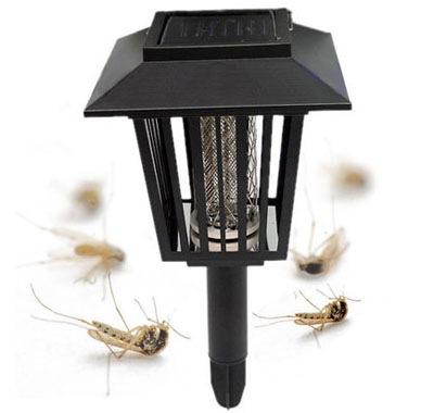 """""""Садовый"""" действует только на кусающих насекомых (комаров)"""