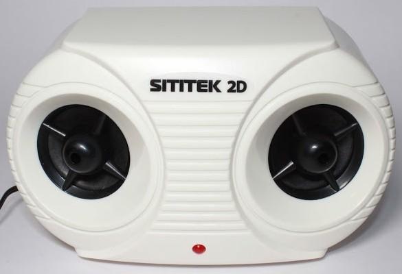 Ультразвуковой отпугиватель грызунов и насекомых Sititek 2D оснащен двумя генераторами и двумя ультразвуковыми излучателями