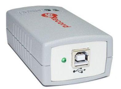 Подключение адаптера SpyRecord AТ к реализовано через стандартный разъём USB на торцевой части корпуса