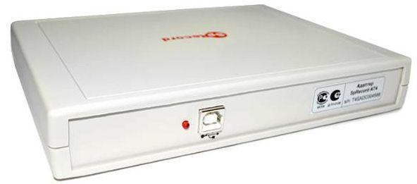 Подключение адаптера SpyRecord AТ4 к реализовано через стандартный разъём USB на торцевой части корпуса
