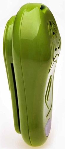 Отпугиватель TickLess можно носить на поясе (имеется клипса), на шее (имеется петля для шнурка) или попросту в кармане или сумочке