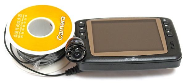"""Монитор рыболовной видеокамеры """"FishCam-501"""" обеспечивает детализированное изображение, а кабель длиной 15 м — возможность глубоководной съемки"""