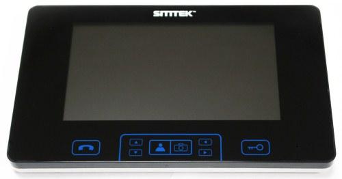 Сенсорная панель управления располагается непосредственно под большим 7-дюймовым экраном