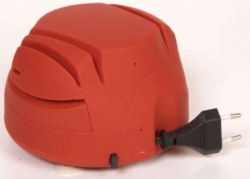 """При нажатии кнопки на боковой стороне ножеточки SITITEK """"Хозяйка 40М"""" происходит автоматическое сматывание сетевого кабеля внутрь корпуса"""