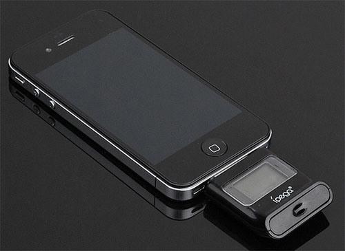 Тестер предназначен для совместного использования с устройствами Apple, имеющими док-разъем
