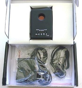 """Обнаружитель скрытых видеокамер и жучков """"LD RF1"""" в упаковке"""