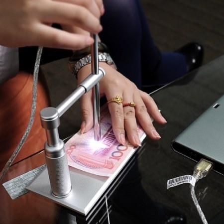 Регулировка кратности увеличения микроскопа-эндоскопа Микрон эндоскоп 2 Mpix позволяет использовать его для проверки на подлинность денежных купюр