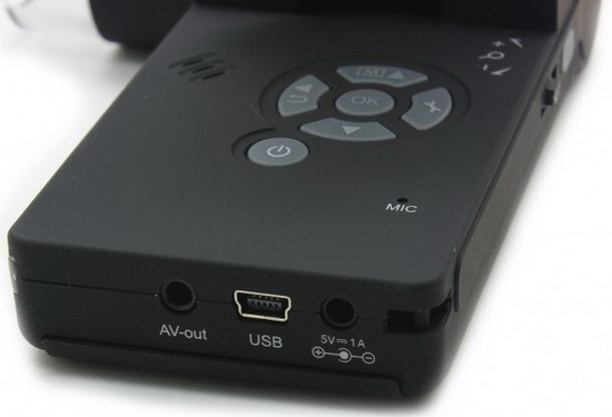 Интерфейсные разъемы портативного цифрового микроскопа Микрон Mobile