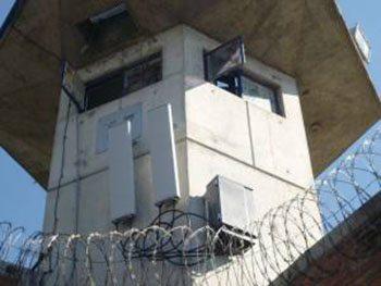 """Подавитель мобильной связи """"СТРАЖ-400 ПРО"""" может быть установлен, например, как в данном случае, на смотровой вышке режимного объекта"""