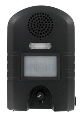 Снизу корпуса расположены переключатель частоты и выключатель светодиодного фонарика отпугивателя