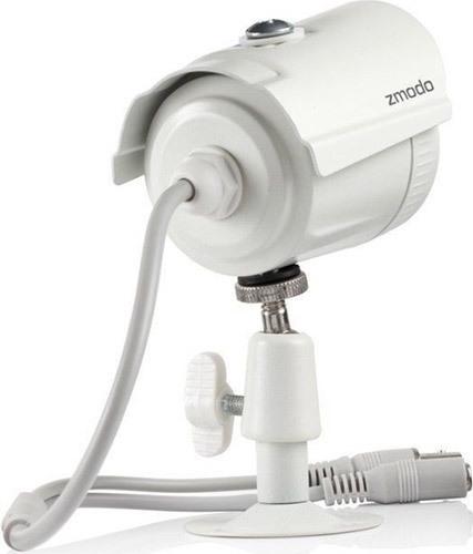 """Камеры видеокомплекта """"Zmodo Профи"""" имеют металлические корпуса и отлично защищены от непогоды"""